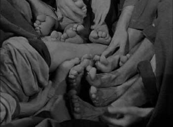 baonnette au canon, baonnette, canon, baionnette, samuel, sam, fuller, dvd, sortie, critique, analyse, image, photo, photos, interview, citation, citations, poster, affiche, traduction, corps, arme
