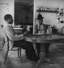 Denise Colomb Antilles Guadeloupe Martinique 1948 1958 Aimé Césaire voyage photo photographie pic picture agence rafot humaniste réalisme poétique réticulations hôtel de sully jeu de paume exposition