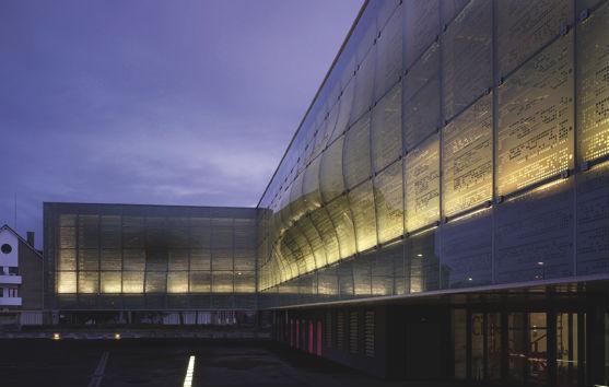 dentelles darchitecture, exposition, Lille, MAV, Maison de lArchitecture et de la Ville, projets, chantiers, jean nouvel, WWAA, Abu-Dhabi, cité de la mode, shanga, béton, acier