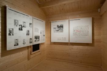 documenta, 13, cassel, exposition, suisse, expo, art, artiste, art moderne, allemagne, monument, architecture, installation, galerie, espace, toit, guerre, histoire, contemporain, art contemporain