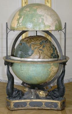 sciences et curiosités à la cour de Versailles, exposition, histoire, cabinet de curiosités, inventions, biologie, astronomie