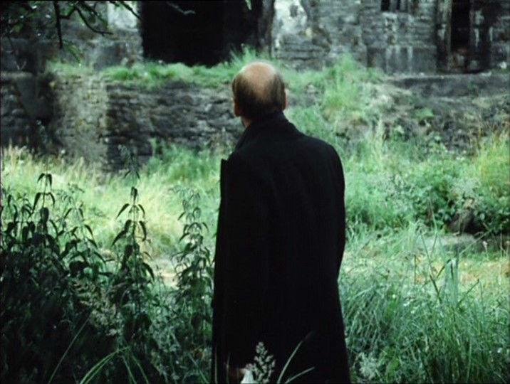 Stalker d`Andrei Tarkovsky science-fiction et spiritualité analyse critique