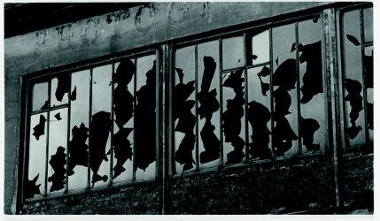 Jean Painlevé, Paul Nougé, Man Ray, Brassai, Claude Cahun, Maurice Tabard, Eli Lotar, Germaine Krull, Jacques-André Boiffard, surréalisme, images, subversion, centre pompidou, beaubourg, exposition