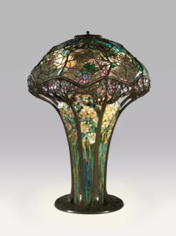 louis comfort tiffany, exposition, musée du luxembourg, art nouveau, arts and crafts, mark twain, new york, favrilis, magnolias, lampe, vitrail, vitraux, couleur