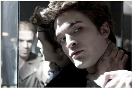 Twilight New Moon Fascination Tentation Stephenie Meyer Edward Cullen Robert Pattinson vampires Bella loup-garous quileutes Jacob