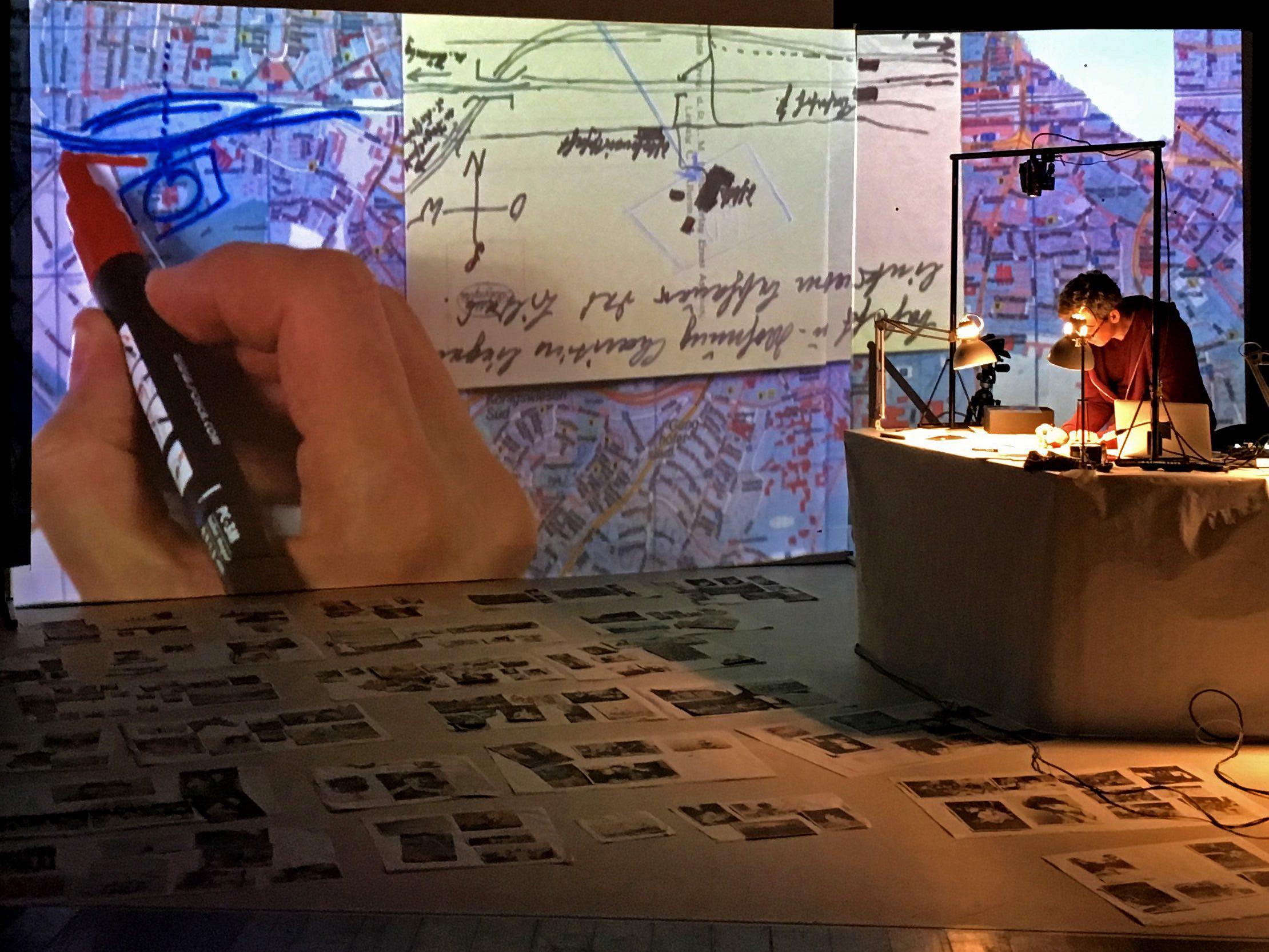 vies de papier, la bande passante, theatre d'objets, theatre documentaire, tommy laszlo, benoit faivre, album photo